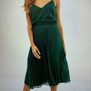 EUC ASOS emerald green dress